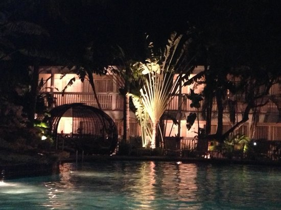 The Inn at Key West: Nighttime Swimming