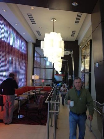 Homewood Suites by Hilton Atlanta Midtown: people at breakfast escaping the smell