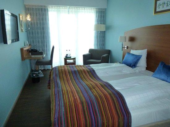 Tivoli Hotel : Room looking towards window