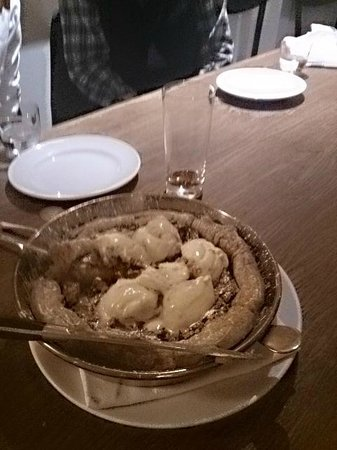 Hix Restaurant & Champagne Bar : Bakewell pudding with almond ice cream