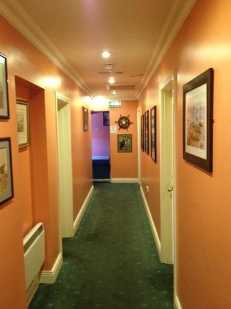 The Moorings Guesthouse: Hallway to our room