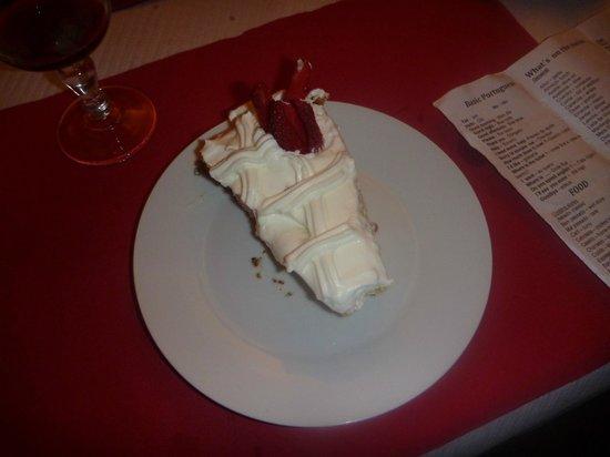 Restaurante Churrascaria Damas: Damas Birthday Cake