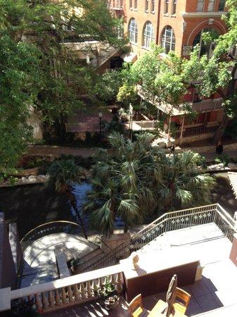 Hotel Valencia Riverwalk : View of Riverwalk from Juliet 'Balcony'