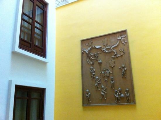 La Dolce Vita Hotel: Courtyard