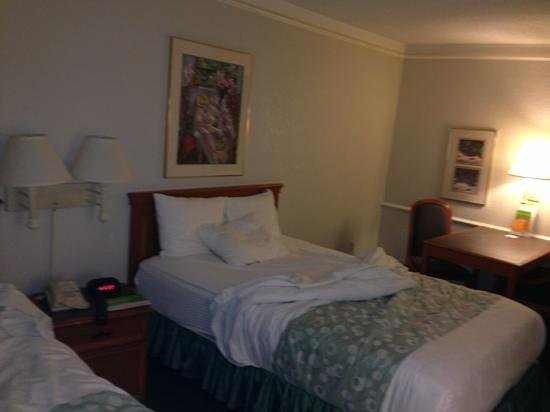 La Quinta Inn Ventura: rooms