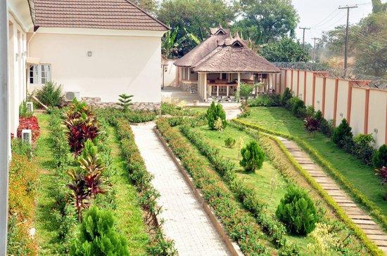 Hemas Hotel: Hotel Gardens