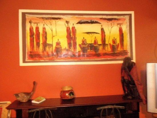 Upper Hill Campsite: Beautiful Masai Portraits in the Living Room