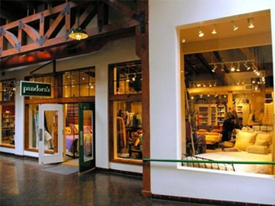 Pandora's storefront at Sanbusco Center in downtown Santa Fe