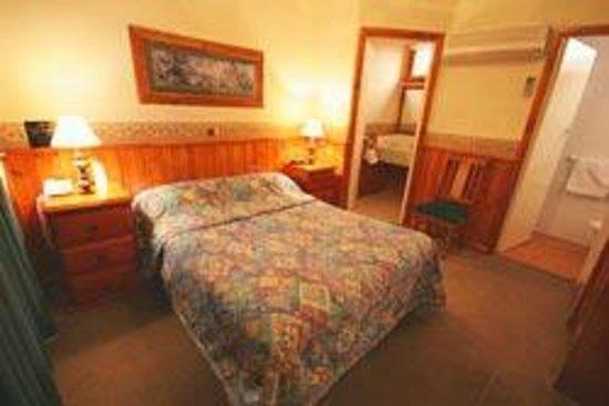 Astor Inn : our room