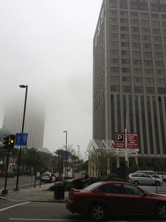 Loews New Orleans Hotel: a fogghy day