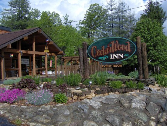 Photo of CedarWood Inn Hendersonville