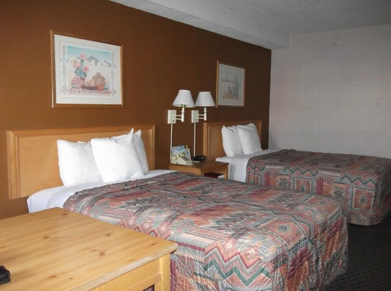 Days Inn Flagstaff - West Route 66: Les 2 lits king-size