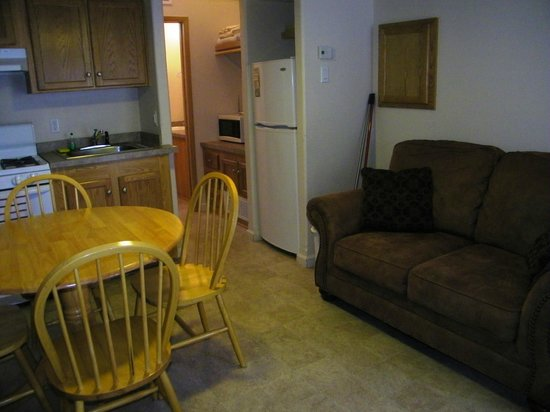 Hill Country Cottage and RV Resort: Other seating