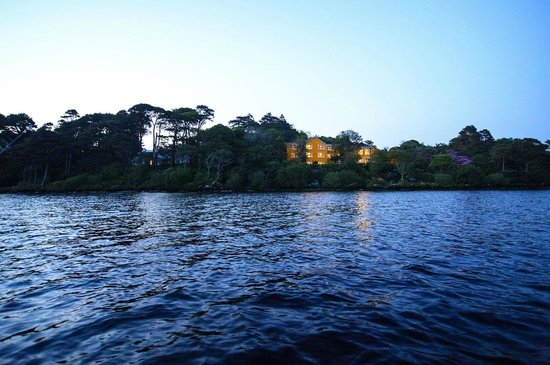 Carrig Country House & Restaurant: View from Caragh Lake