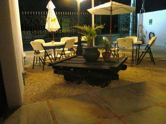 Bel-Ami Cafe Restaurante: Tranquilo y relajado lugar