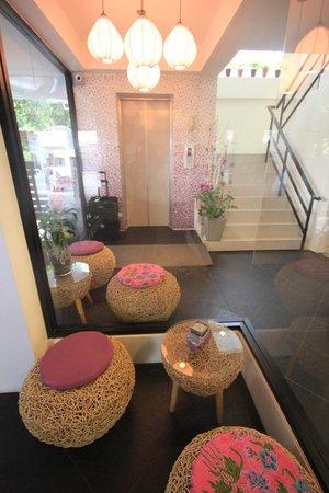 Lilac Relax-Residence: Lobby - Fahrstuhl