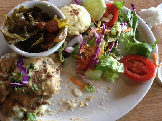 Sluggo's North Vegetarian Cafe: pecan dusted seitan