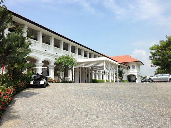 Capella Singapore: Hotel main lobby