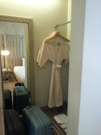Mercure Samui Chaweng Tana Hotel: chambre
