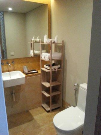 Mercure Samui Chaweng Tana Hotel: salle de bain