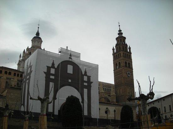 Catedral Santa María de la Huerta Tarazona: Torre romanico-mudejar