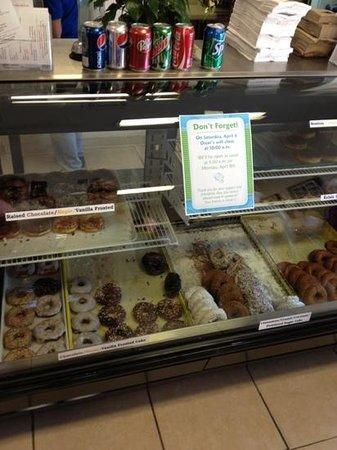 Oscar's Original Donuts: variety