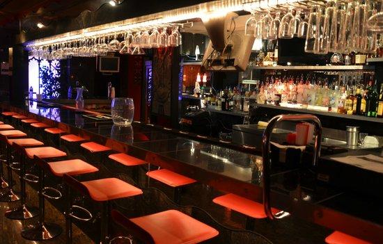 Voodoo Lounge: the bar