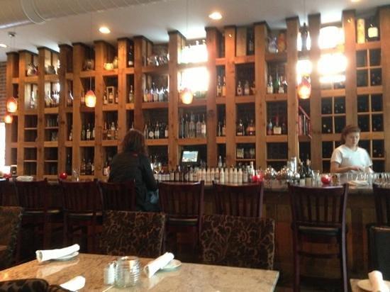 Lola & Guiseppe's Trattoria: their bar