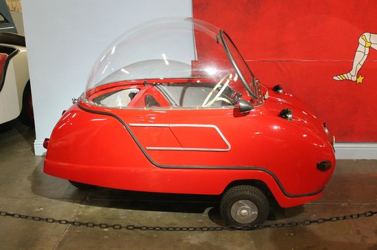 California Automobile Museum: Mini cars
