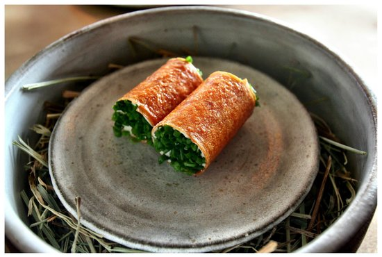Willows Inn Restaurant: Crispy Crepes and Salmon Roe.