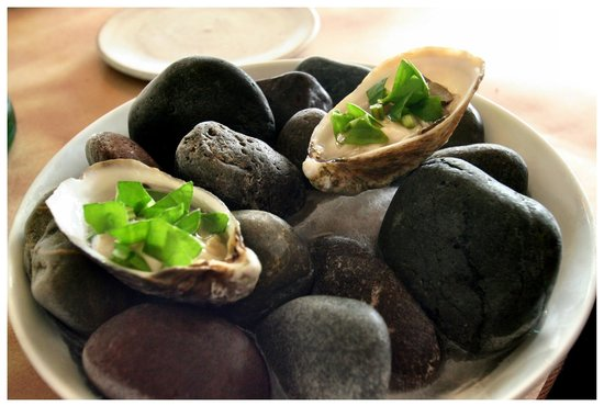 Willows Inn Restaurant: Oysters on Beach Rock