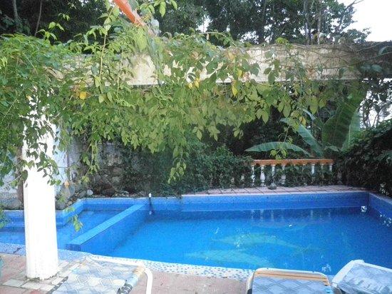 Hotel Coco Beach: un petit plan d'eau