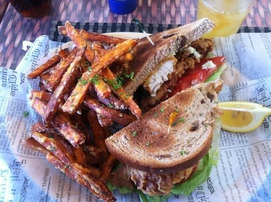 """Bermuda Bistro @ the Beach : """"Local"""" Fish Sandwich on Raisin Bread"""