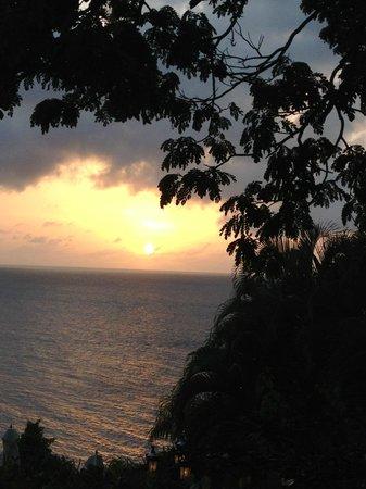 Sandals Regency La Toc Golf Resort and Spa: Sunset