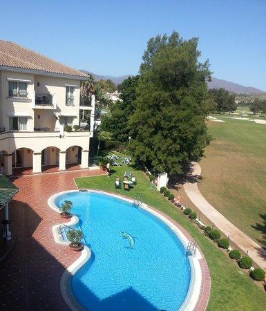 Hotel Tamisa Golf: Utsikt fra balkongen (Los Lagos: fairway hull 15 i bakgrunn)