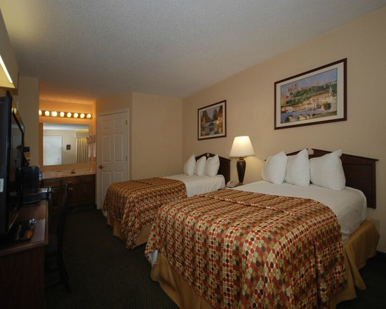 Quality Inn: Standard, Two Double Beds.
