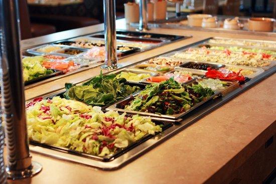 Melrose, MN: 14 foot salad bar