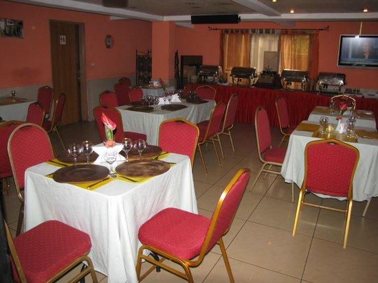 Hotel Séréna Palace: Bar / Restaurant Hôtel Séréna Palace