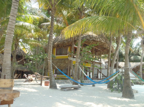 Barquito Mawimbi Beach Bar & Restaurant: Plage du restaurant