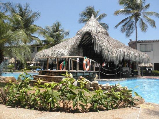 Isla Caribe Beach Hotel: Pile