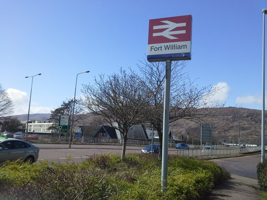 Alexandra Hotel: station