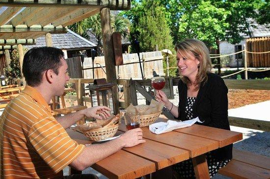 Taberna del Caballo: Outdoor Dining