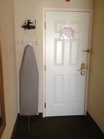 Holiday Inn Burlington: original place to place the ironing board!
