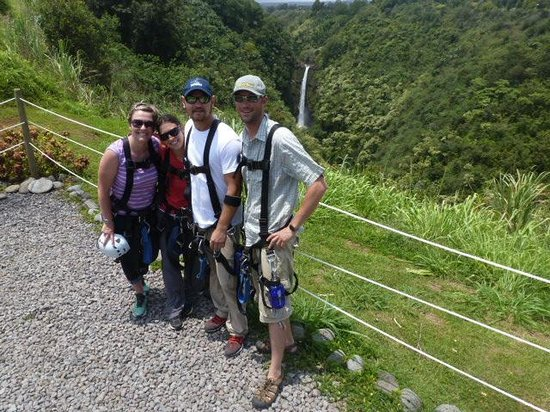 Skyline Eco Adventures - Akaka Falls: Our group at the end of the tour- All Smiles!