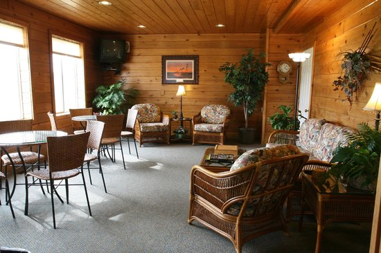 Mayville Inn Gathering Room