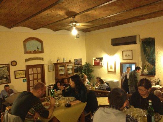 Cacio e vino : Vista della sala