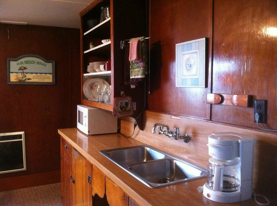 Rock Park Cottages: Kitchen