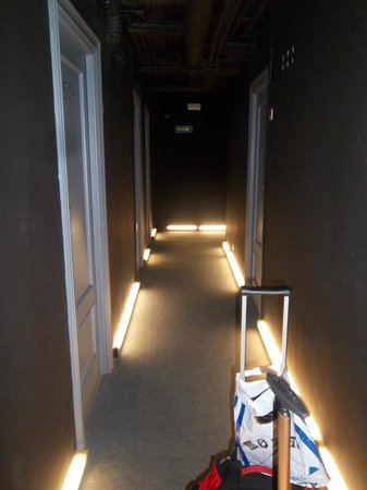 Hotel Bilbi : The hallway
