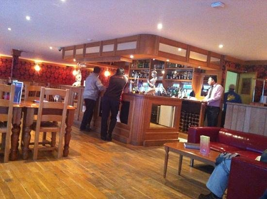 Cafe India : bar area