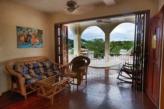 La Terraza Condominiums: Comfortable Living Area